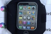Review-Adidas-Griffin-miCoach-Sport-Armband-for-iPhone-4-4S-11