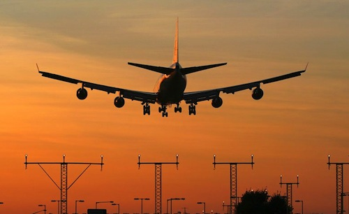 Learn to Land a Boeing 747 in an Emergency Situation